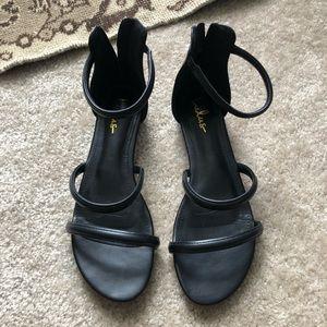 Lulus black sandals